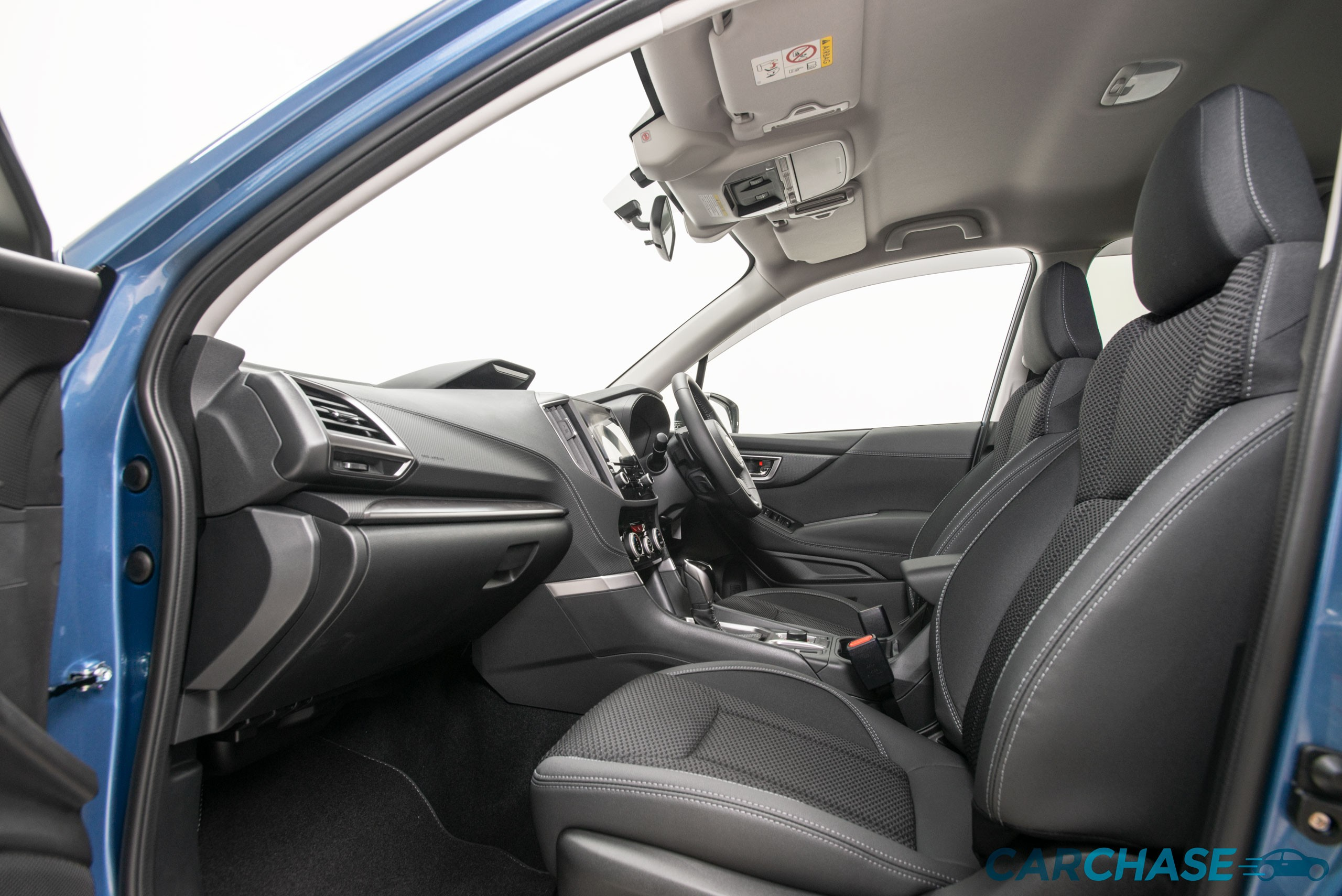 Image of passenger front profile of 2019 Subaru Forester 2.5i-Premium