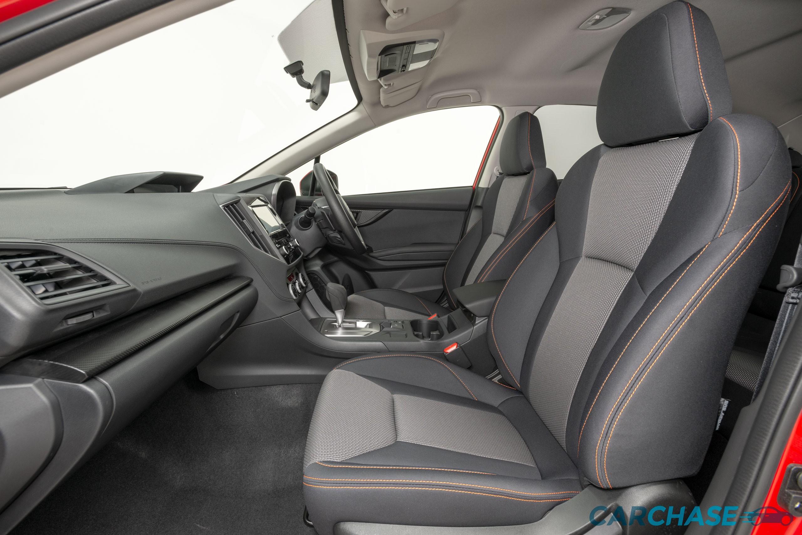 Image of passenger front profile of 2018 Subaru XV 2.0i
