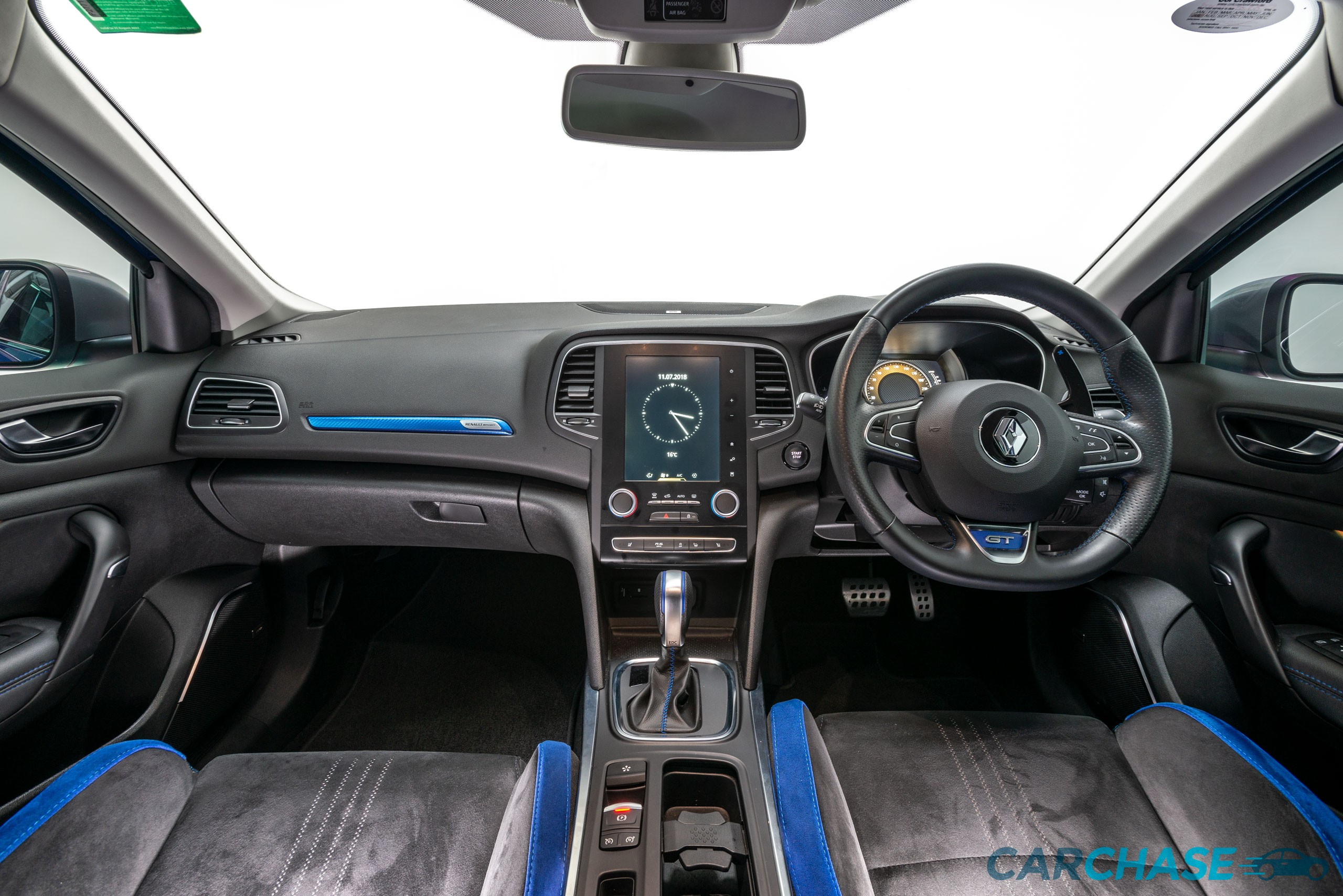 Image of dashboard profile of 2016 Renault Megane GT