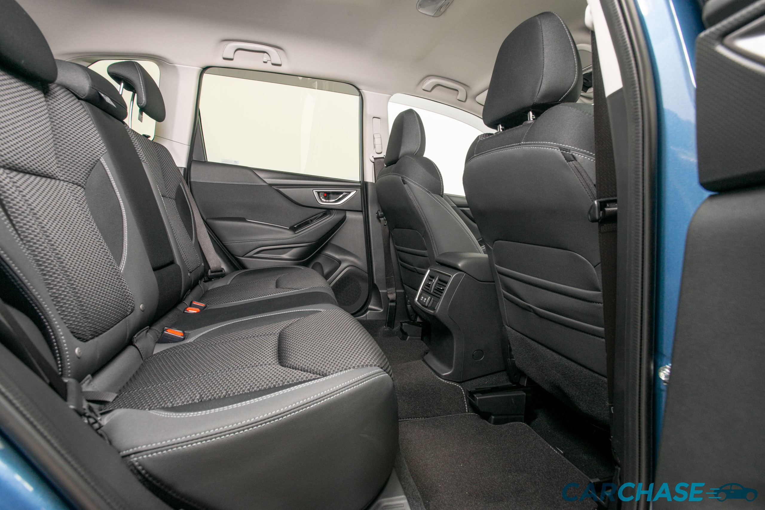 Image of driver rear profile of 2019 Subaru Forester 2.5i-Premium
