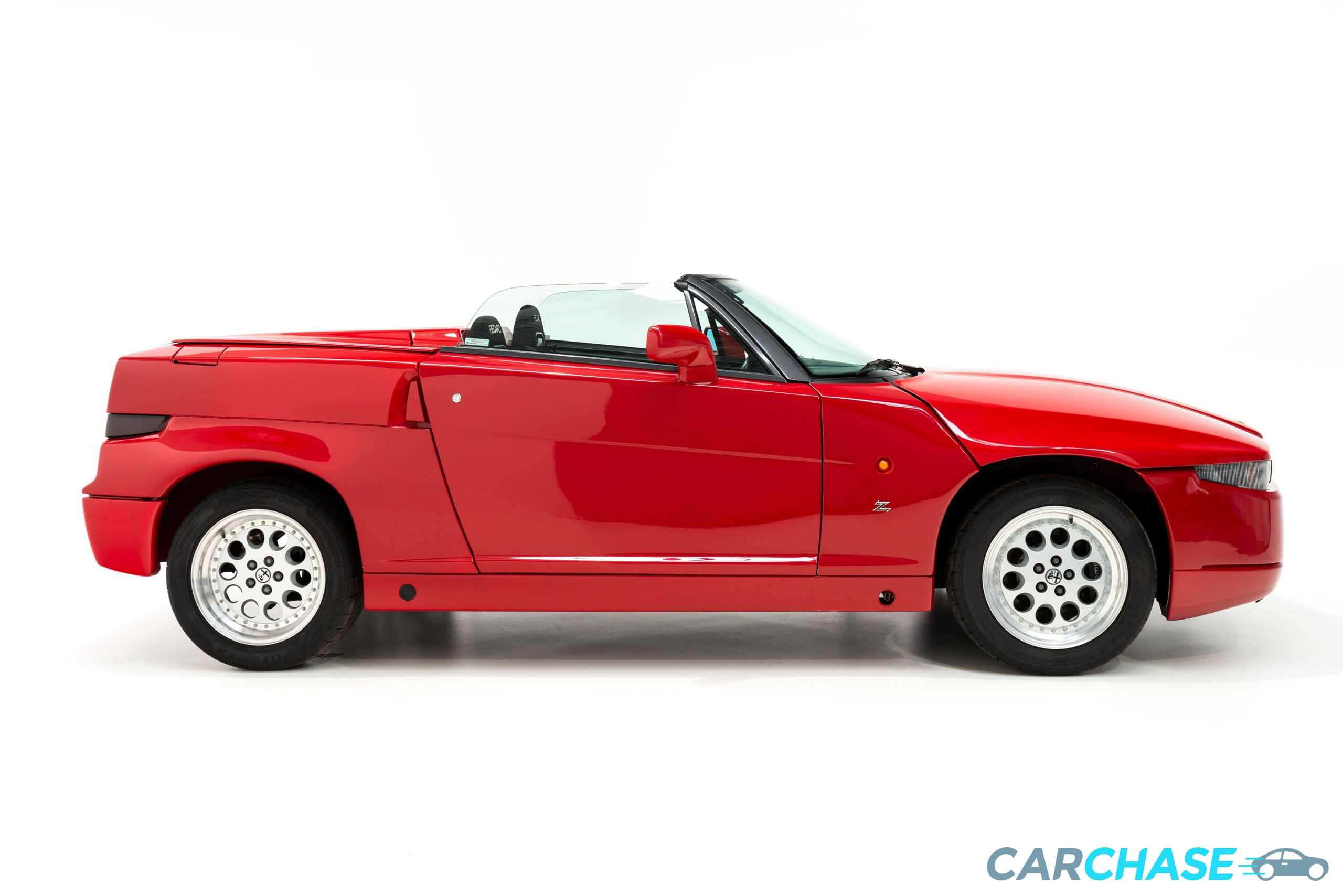 Image of right profile of 1993 Alfa Romeo Zagato RZ
