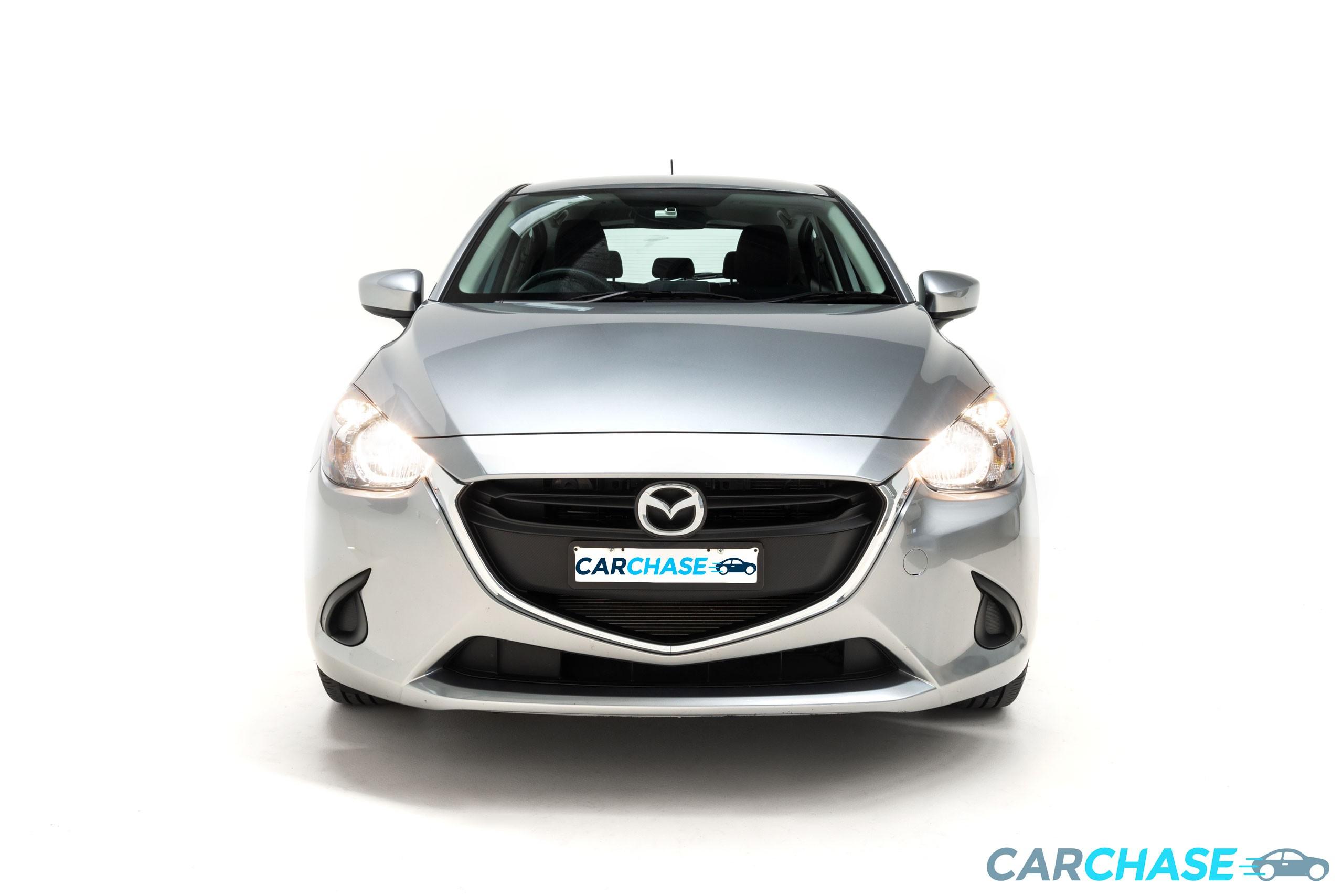 Image of front profile of 2016 Mazda 2 Maxx DJ