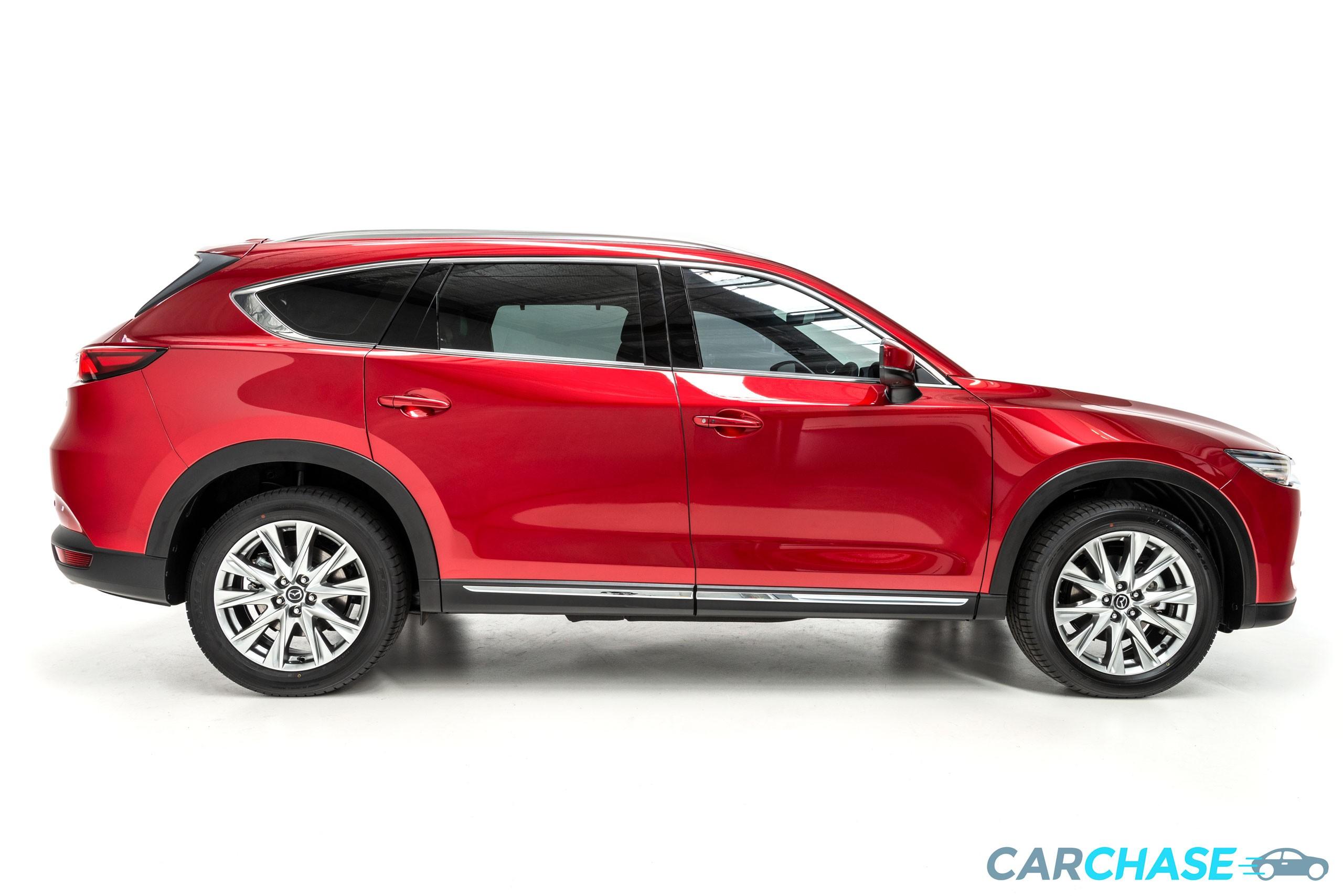 Image of right profile of 2018 Mazda CX-8 Asaki