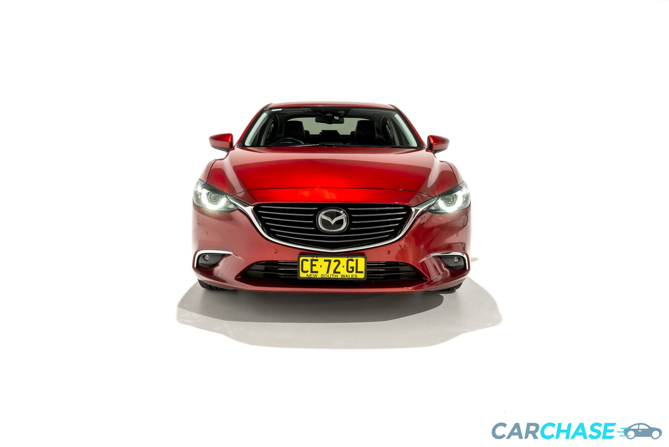 Image of front profile of 2015 Mazda 6 Atenza