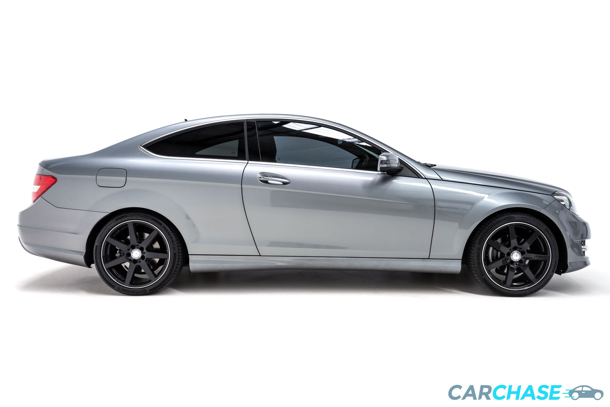 Image of right profile of 2015 Mercedes-Benz C250 CDi Avantgarde
