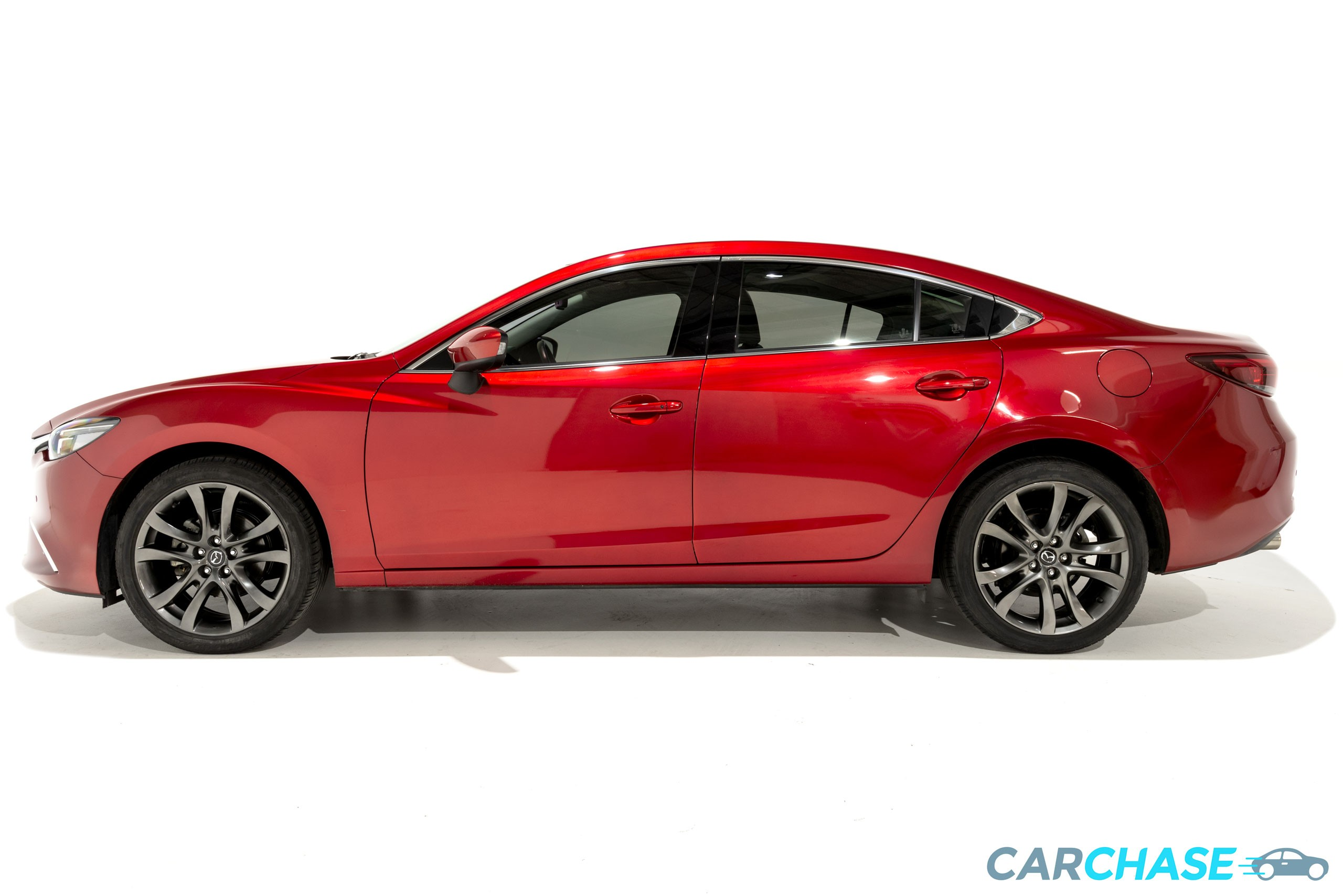 Image of left profile of 2015 Mazda 6 Atenza