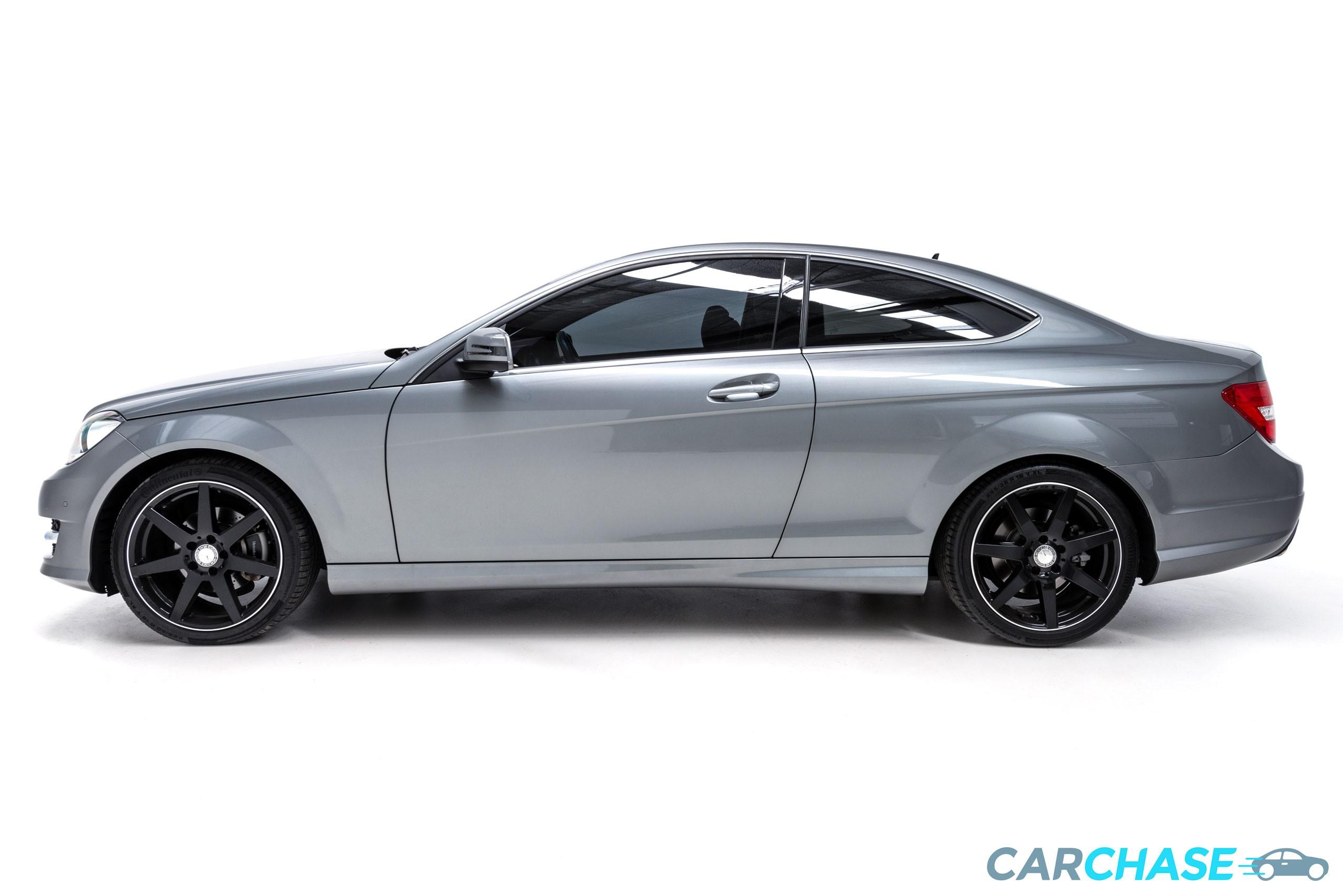 Image of left profile of 2015 Mercedes-Benz C250 CDi Avantgarde