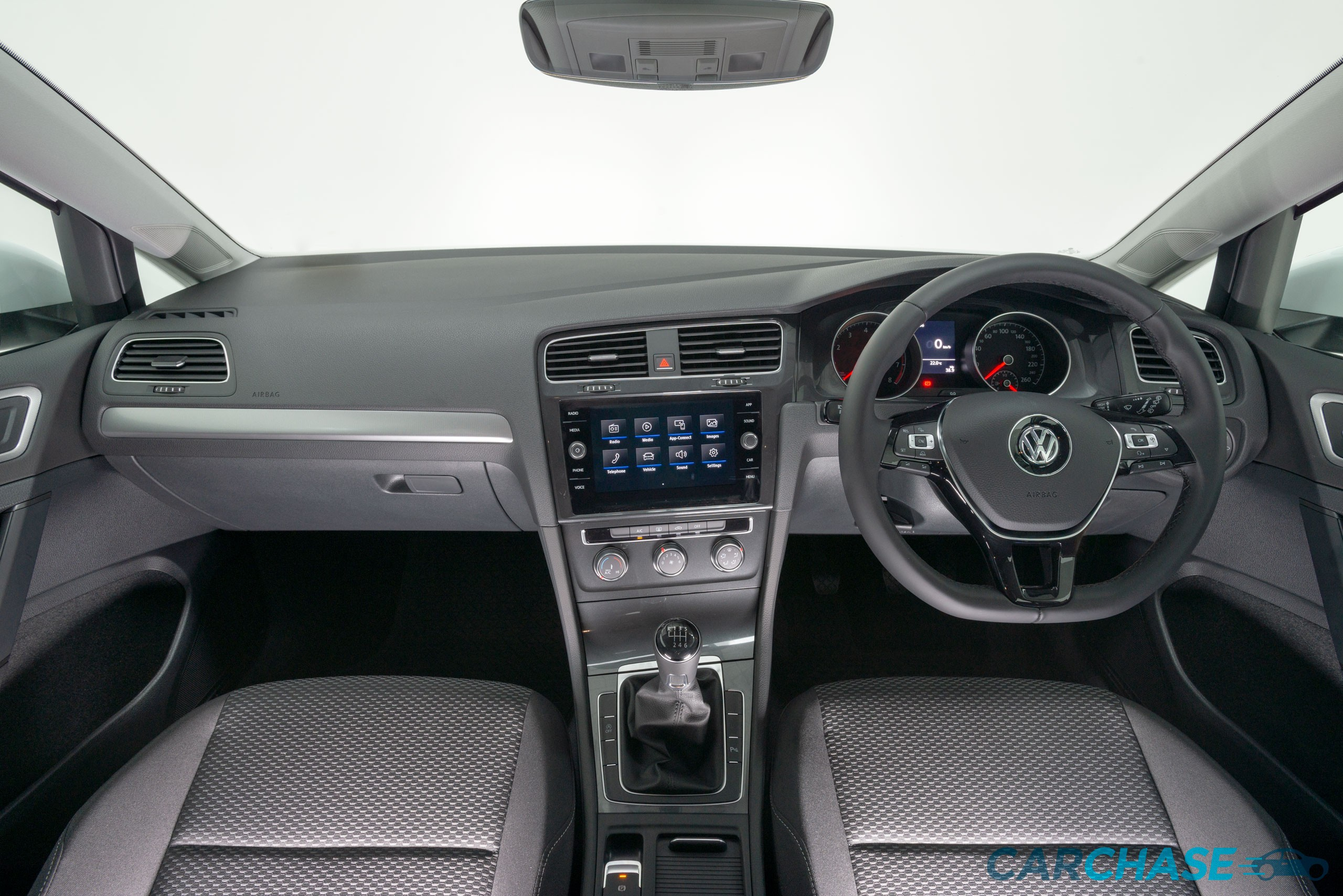 Image of dashboard profile of 2018 Volkswagen Golf 110TSI Trendline