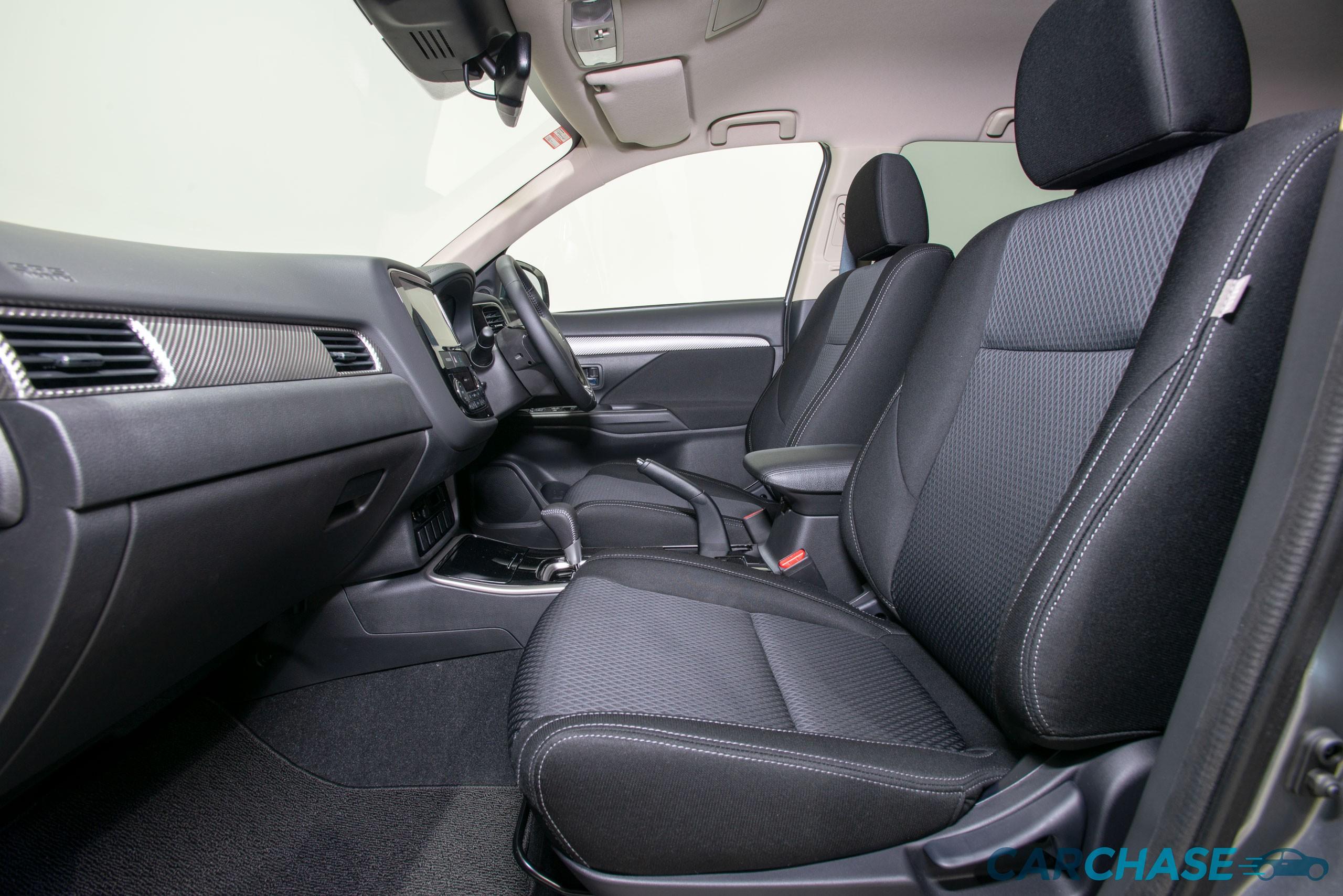 Image 9/10 of 2018 Mitsubishi Outlander LS ZL