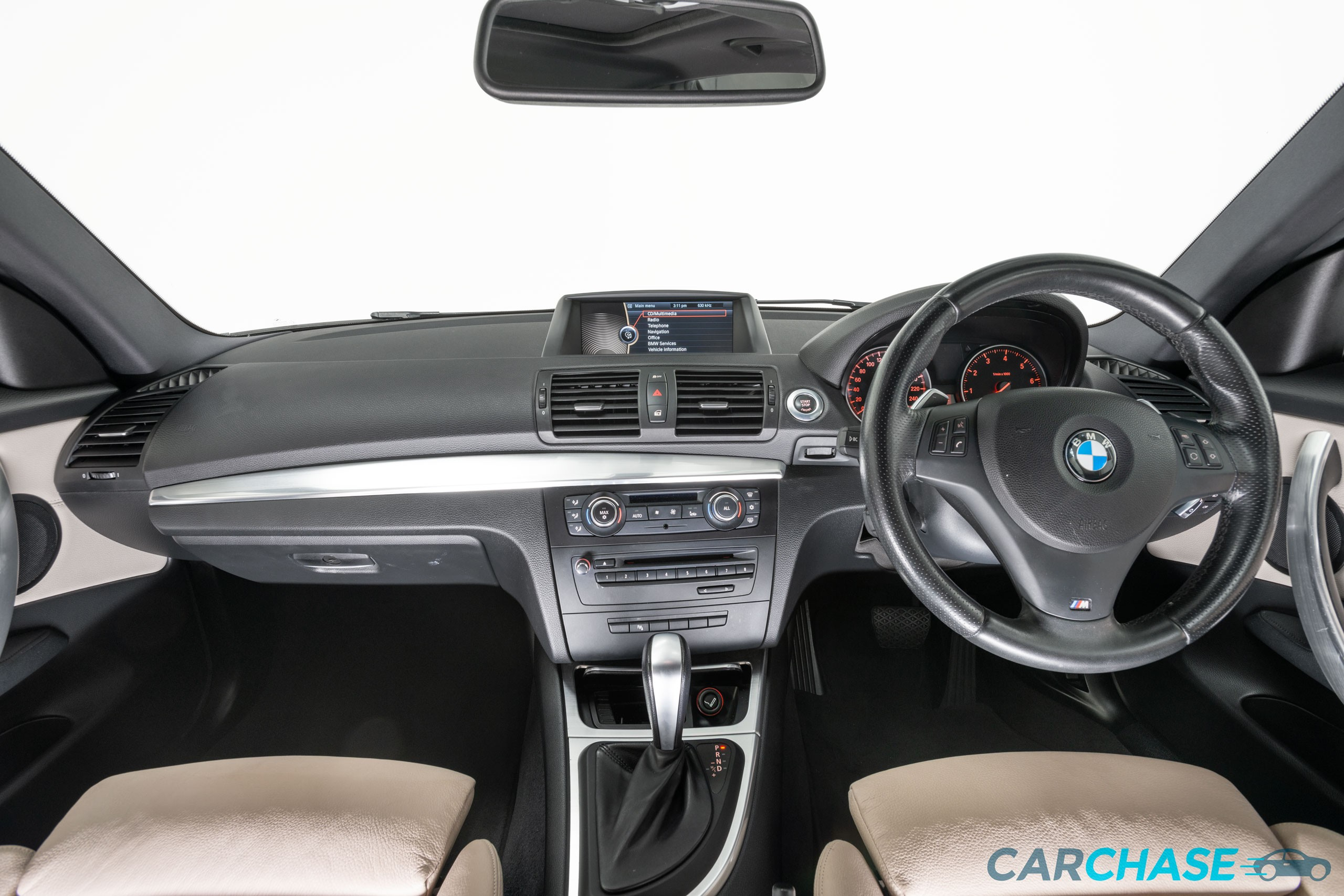 Image of dashboard profile of 2011 BMW 125i